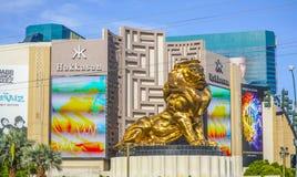 - 23, 2017 złoty lew przy MGM Uroczystym hotelem w Las Vegas, LAS VEGAS, NEVADA, KWIETNIU - Obraz Royalty Free