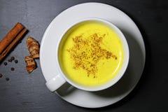 Złoty mleka lub Turmeric Latte Fotografia Royalty Free