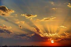 Złoty niebo zmierzch fotografia royalty free