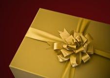 złoty prezent Zdjęcie Royalty Free