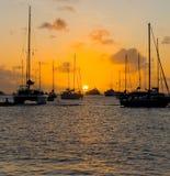 Złoty zmierzch w karaibskim Zdjęcia Royalty Free