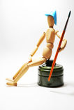 Z paintbrush drewniany mężczyzna Zdjęcia Royalty Free