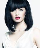Z piękną skórą piękna dziewczyna, czerwona pomadka Fotografia Stock