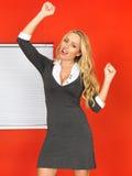 Z podnieceniem Szczęśliwa Młoda Biznesowej kobiety odświętność zdjęcie royalty free