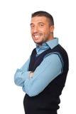 Z rękami składać uśmiechnięty wykonawczy mężczyzna Zdjęcie Stock