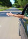 Z samochodu ręki męski klejenie Obrazy Stock