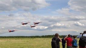 Z samolotów aerobatic drużynowych jerzyków Zdjęcia Stock