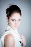 Z szalikiem moda model zdjęcia royalty free