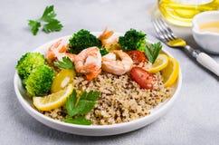 Z warzywami Quinoa sałatka zdjęcie royalty free