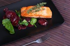 Z warzywami rybi fillet obrazy royalty free