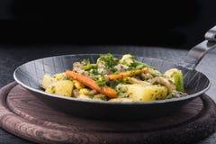 Z warzywami smażyć grule Obraz Royalty Free