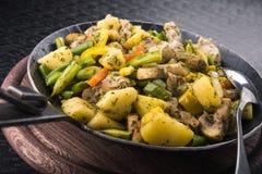 Z warzywami smażyć grule Zdjęcie Royalty Free