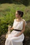 Z wazą grecka dziewczyna Zdjęcia Royalty Free