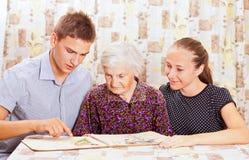 Z wnukiem starsza kobieta dwa Fotografia Royalty Free