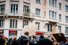 Załamujemy się palcard przy ogólnonarodowym protestem w Francja fotografia royalty free