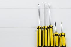 Załatwiać narzędzia ustawia dla domowego naprawiania lub budowa na bielu zaleca się Zdjęcie Royalty Free