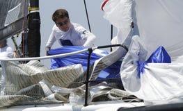 Załoga pracuje przy Wally klasy regatta w Mallorca zdjęcie stock