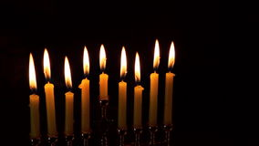Zaświecać Hanukkah świeczek Hanukkah świętowanie zbiory wideo