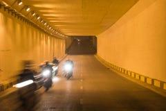 Zaświeca przy końcówką ruchu drogowego tunel w Hanoi, Wietnam Zdjęcie Stock