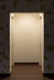 Zaświecający toaletowy wejście Obrazy Royalty Free