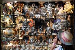 za maską Piękny i romantyczny Wenecja Włochy Fotografia Royalty Free