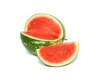 Zaadloze watermeloen en zijn segment royalty-vrije stock afbeeldingen