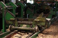 Zaagmolen productielijnen stock afbeeldingen