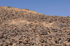 Zaagmolenheuvel in de krater van Ramon Royalty-vrije Stock Foto's