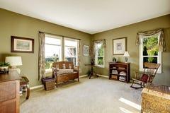 Zaal met antiek meubilair Stock Foto