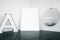 Zaal met canvas en stoel Stock Foto
