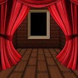 Zaal met rood gordijnen en kader Stock Afbeelding