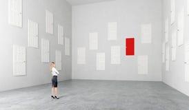 Zaal met vele deuren Stock Afbeelding