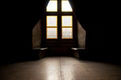 Zaal van middeleeuws kasteel stock afbeeldingen
