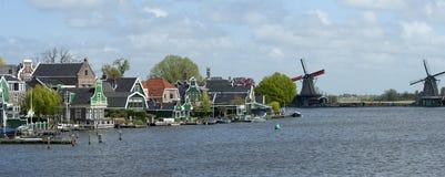 Zaanse Schans, canal de la Hollande Image stock