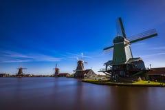 Zaanse Schans mycket populära turist- dragningar i Holland Arkivfoto