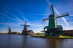 Zaanse Schans mycket populära turist- dragningar i Holland Royaltyfri Fotografi