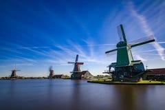 Zaanse Schans mycket populära turist- dragningar i Holland Arkivfoton