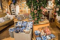 Zaanse Schans, Pays-Bas - 13 décembre 2016 : Décorations dans le village de Zaanse Schans, Hollande Image stock