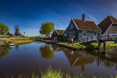 Zaanse Schans Prawdziwe popularne atrakcje turystyczne w Holandia Obraz Stock