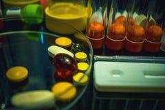 Zaawansowany technicznie lab wyposażenie używać w w Vitro nawożenia procesu odratowania jajecznej procedury Laboranckim nawożeniu Obrazy Stock