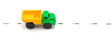 Zabawkarska ciężarówka na drodze Fotografia Royalty Free