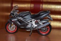 Zabawkarski motocykl, wzorcowy Ducati ST4s Obraz Stock