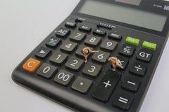 zabawkarski postaci sumo zapaśnik na klawiaturze fotografia royalty free