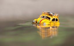 Zabawkarski retro samochód na wakacje Zdjęcie Royalty Free