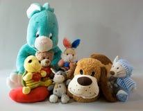 Zabawki - rozochocona rodzina Zdjęcia Royalty Free