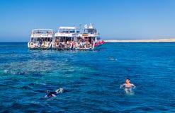 Zabawna łódkowata wycieczka nurkować Egiptu Nowożytny Egipt Fotografia Royalty Free