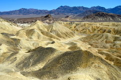 Zabriskie pekar, den Death Valley nationalparken, Kalifornien Royaltyfri Bild