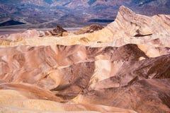 Zabriskie punkt i den Death Valley nationalparken, Kalifornien arkivfoton