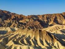 Zabriskie punkt jest cz??ci? lokalizowa? na wsch?d od ?miertelnej doliny w ?miertelnym Dolinnym parku narodowym w Kalifornia Amar zdjęcie stock