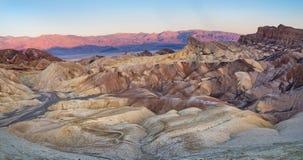 Zabriskiepunt in het Nationale Park van de Doodsvallei in Californië, de V.S. Stock Foto